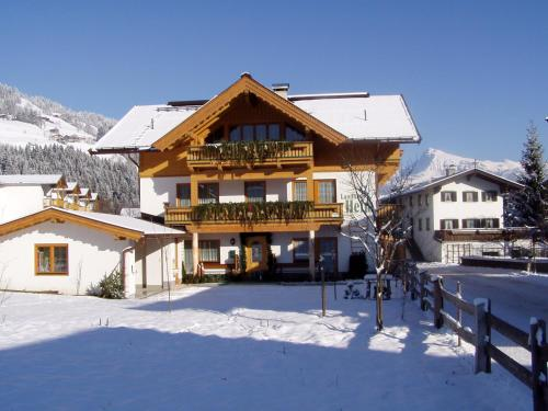 Landhaus Heim in de winter