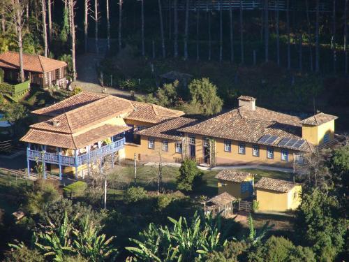 Uma vista aérea de Hotel Fazenda Santa Marina