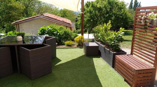 A garden outside Auvergnat'Home