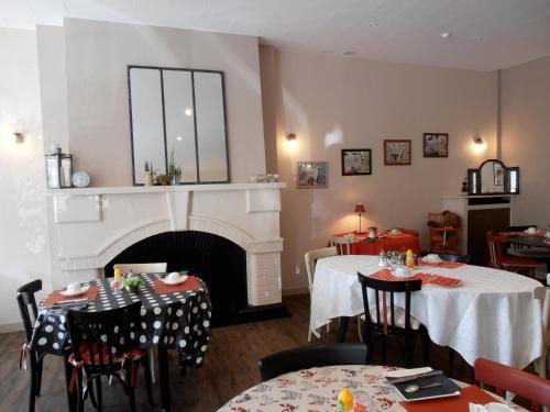 Restaurant ou autre lieu de restauration dans l'établissement Le Crystal Hotel