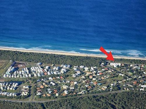 A bird's-eye view of Unit 9 Marcoola Shores 1 Flindersia Street Marcoola, 500 BOND, LINEN INCLUDED