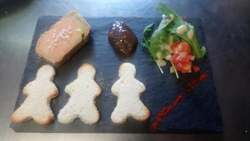 Nourriture dans l'auberge ou à proximité