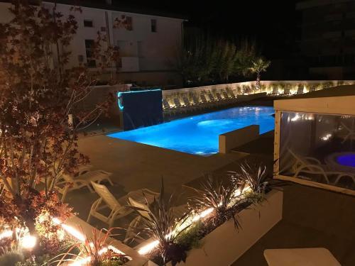 Вид на бассейн в Hotel Milanese или окрестностях