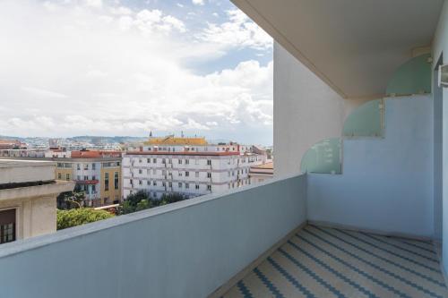 A balcony or terrace at B&B Hotel Pescara