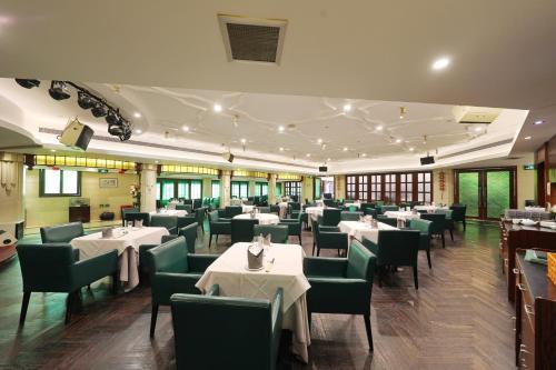 مطعم أو مكان آخر لتناول الطعام في فندق Seventh Heaven