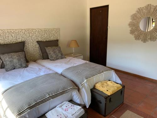 A bed or beds in a room at Quinta Santa Isabel