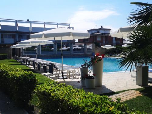 The swimming pool at or near Albergo Mediterraneo