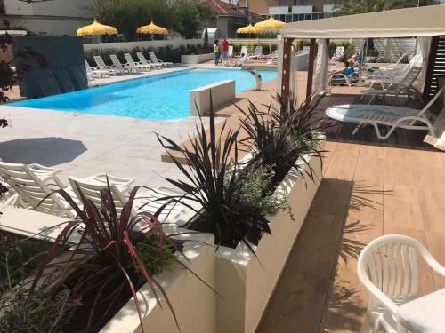 Бассейн в Hotel Milanese или поблизости