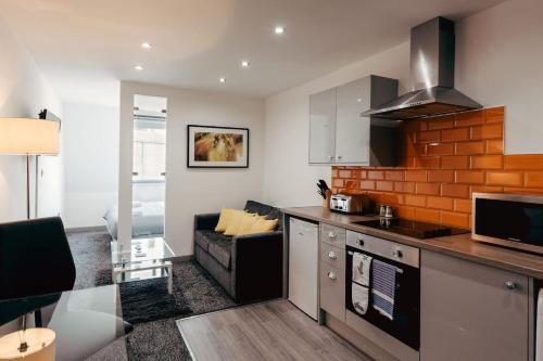 Halifax House, Studio Apartment 215