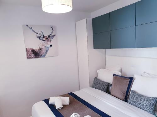 A bed or beds in a room at Apartment Quartier Latin - Mouffetard