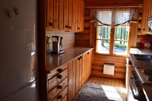 Ett kök eller pentry på Forest Cottage