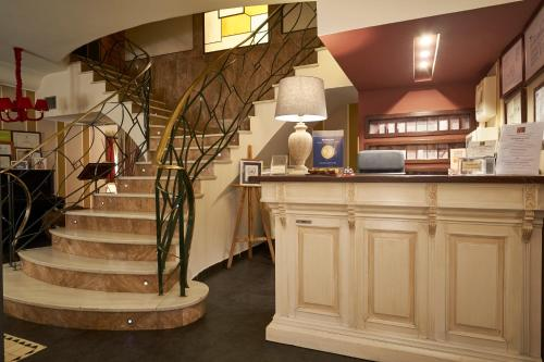 The lobby or reception area at Casona De Torres