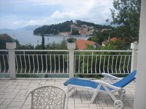 A balcony or terrace at Guest House Tija 1