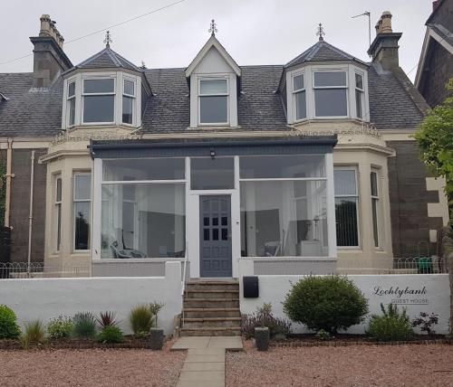 Lochtybank Guest House