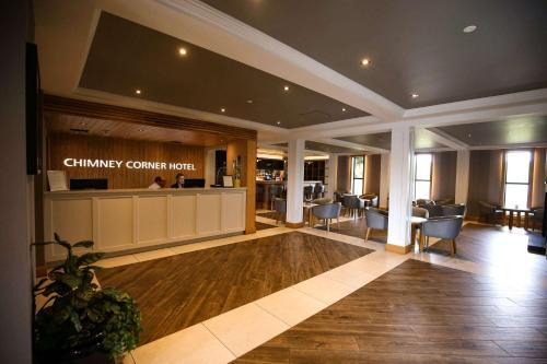 The lobby or reception area at Clarion Collection Hotel Chimney Corner