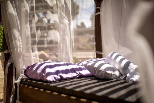 Łóżko lub łóżka w pokoju w obiekcie Mobile homes Ante Mali