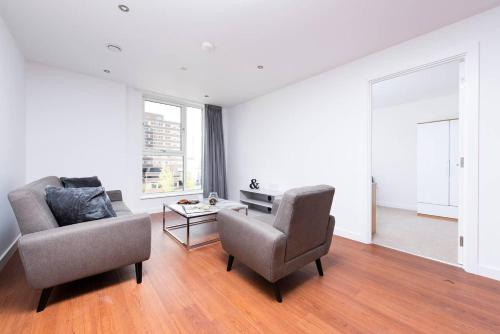Incredibly Central 2BR Apartment
