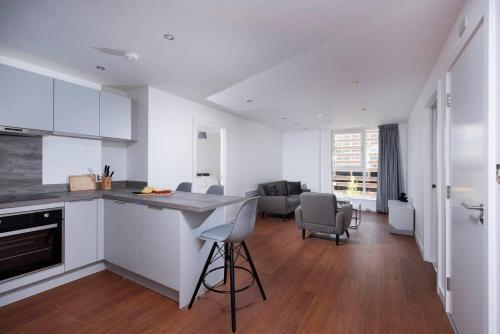 Executive 2BR City Centre Apartment
