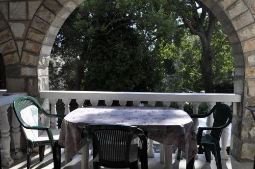 A balcony or terrace at Apartmani Novakovic