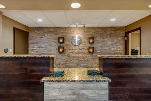 The lobby or reception area at Comfort Inn Yulee - Fernandina Beach