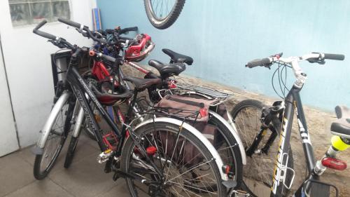 Jízda na kole v ubytování Penzion Kapitan nebo okolí