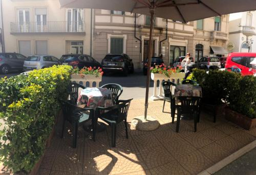 A restaurant or other place to eat at Hotel Stella Del Mare