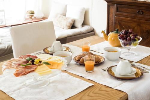 Frühstücksoptionen für Gäste der Unterkunft B&B Lakeview