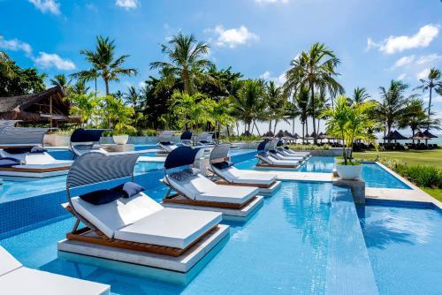 A piscina localizada em Tivoli Ecoresort Praia do Forte ou nos arredores