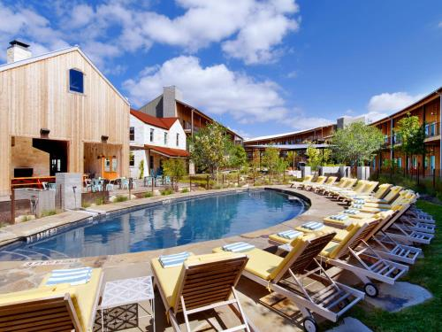 The swimming pool at or near Lone Star Court, by Valencia Hotel Group