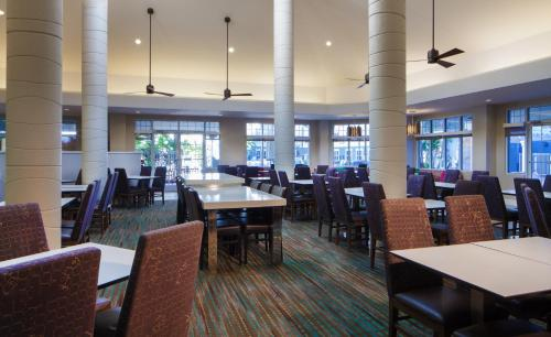 A restaurant or other place to eat at Residence Inn Orlando Lake Buena Vista
