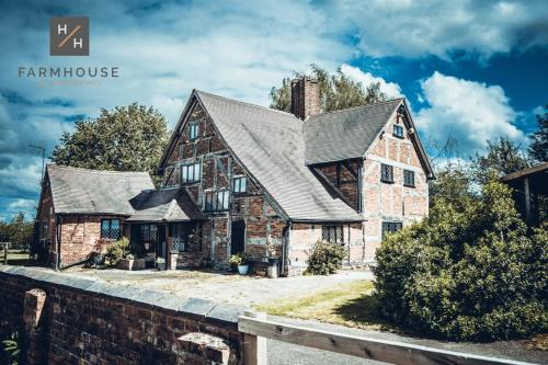 Farmhouse at Hampton Hill