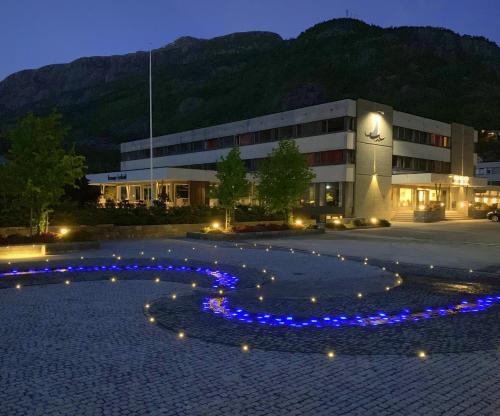 Bassenget på eller i nærheten av Bremanger Fjord Hotell