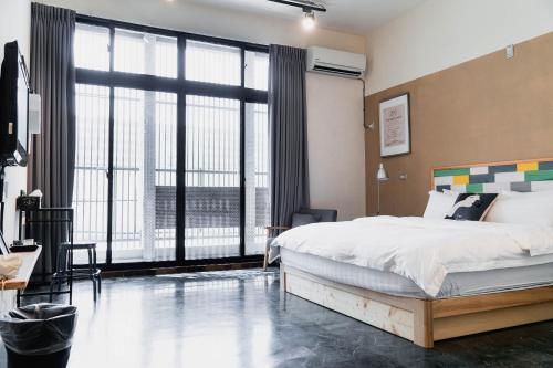 萊加房間的床