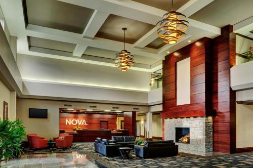 The lobby or reception area at Chateau Nova Yellowhead