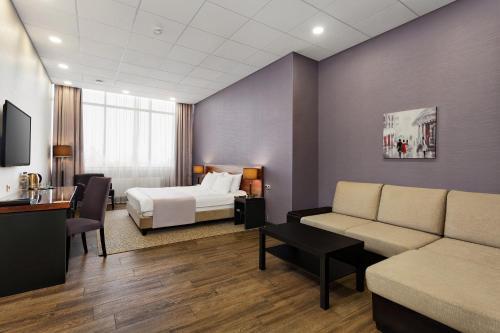 Гостиная зона в Вешки парк Отель