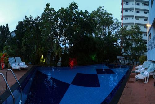 The swimming pool at or near Hotel Sapphire