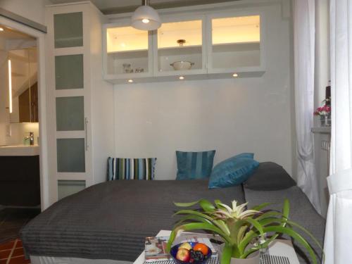 Ein Bett oder Betten in einem Zimmer der Unterkunft Torhaus