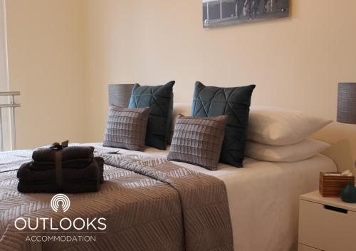 A bed or beds in a room at Studio 3 @ Liverpool House