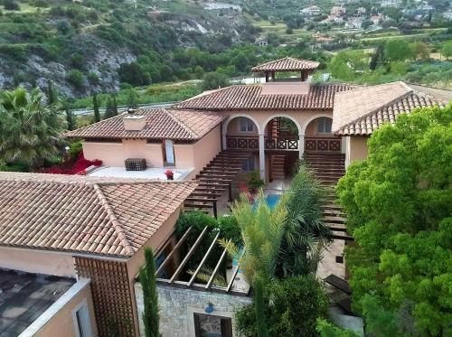 Blick auf Villa Retreat Cyprus aus der Vogelperspektive