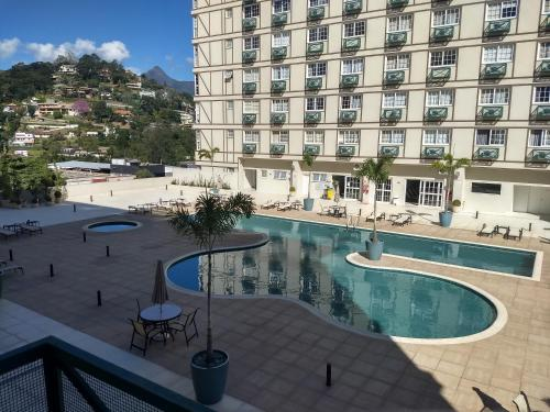 The swimming pool at or close to Granja Brasil