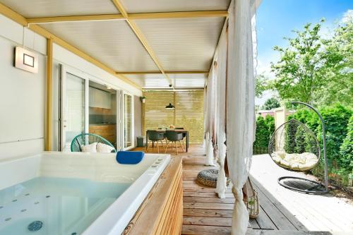 Ein Badezimmer in der Unterkunft Polidor Family Camping Resort