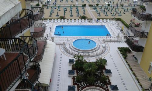 Vista sulla piscina di Il Panfilo o su una piscina nei dintorni