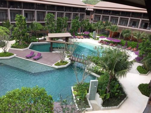 A view of the pool at Maehaad Bay Resort or nearby
