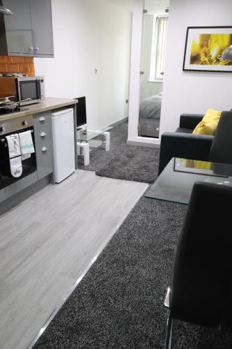 Halifax House, Studio Apartment 214