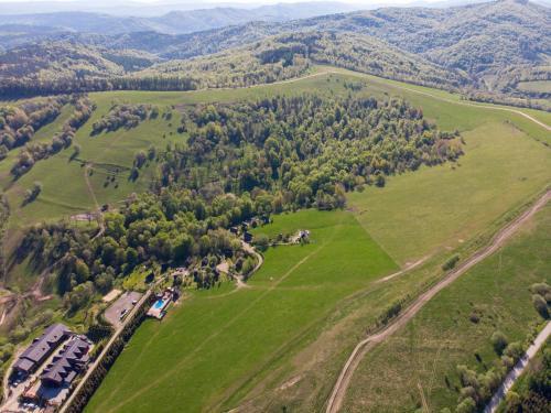 Widok z lotu ptaka na obiekt Natura Park