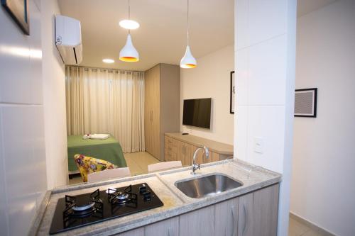 A kitchen or kitchenette at Flat Boa Viagem