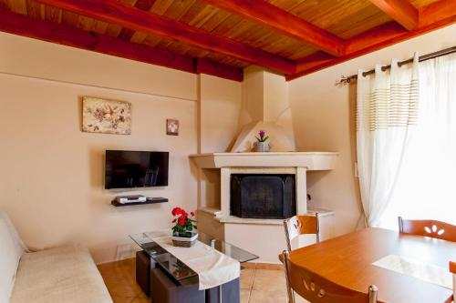 A television and/or entertainment centre at Estate Kares