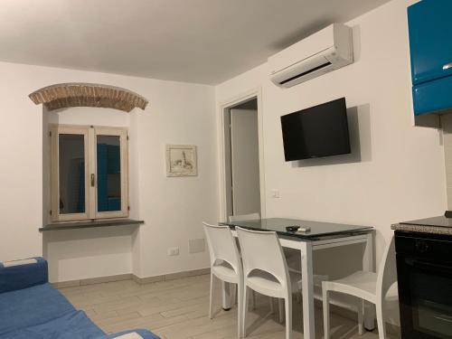 TV o dispositivi per l'intrattenimento presso Trilocale Porto Azzurro