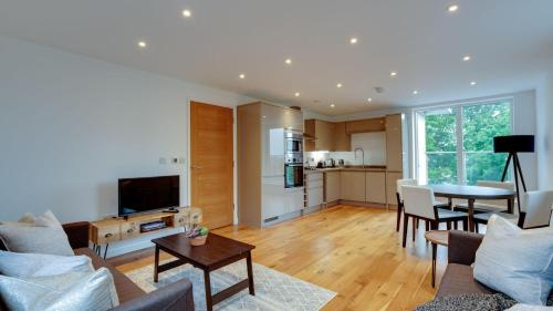 Amazing Frinton 3 bed with 2 terraces