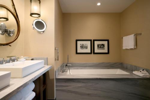 A bathroom at Fairmont Jasper Park Lodge